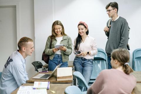 G.R.A.M.: Leg je bedrijfschallenge voor aan studenten!