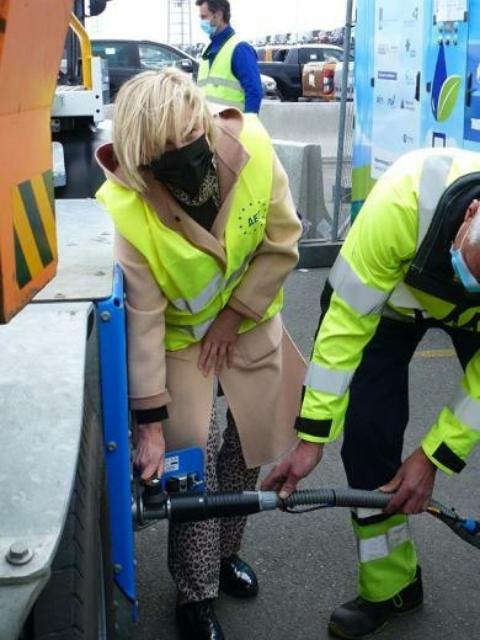 Waterstofregio 2.0: Minister Crevits bezoekt waterstofdemo