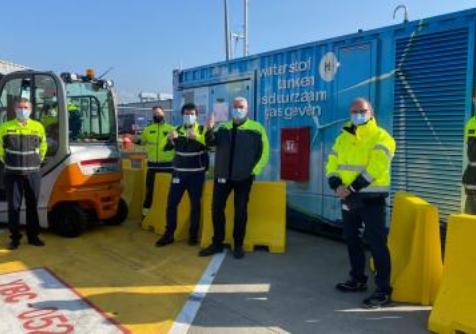 Waterstofregio 2.0: mobiel tankstation faciliteert demonstratie van 2 heftrucks bij VOLVO in Gent